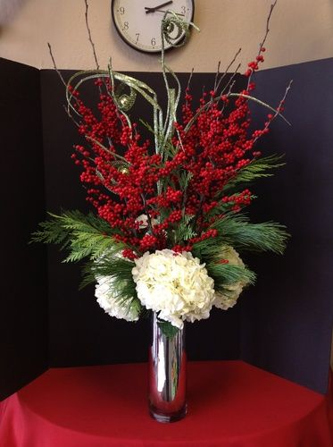Christmas Flower Arrangements.Christmas Flower Arrangement With Ilex Berry And Hydrangea